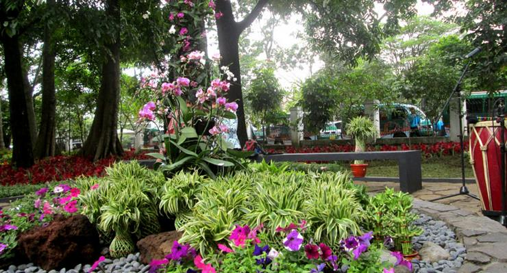 Taman-Pustaka-Bunga-Bandung