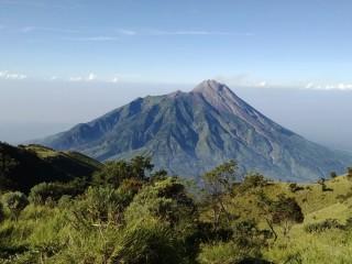 Porter Gunung, 10 Gunung Di Jawa Tengah Idola Para Pendaki, Porter Merbabu, Porter Lawu, Porter Slamet, Porter Sindoro, Porter Sumbing, Porter Ungaran