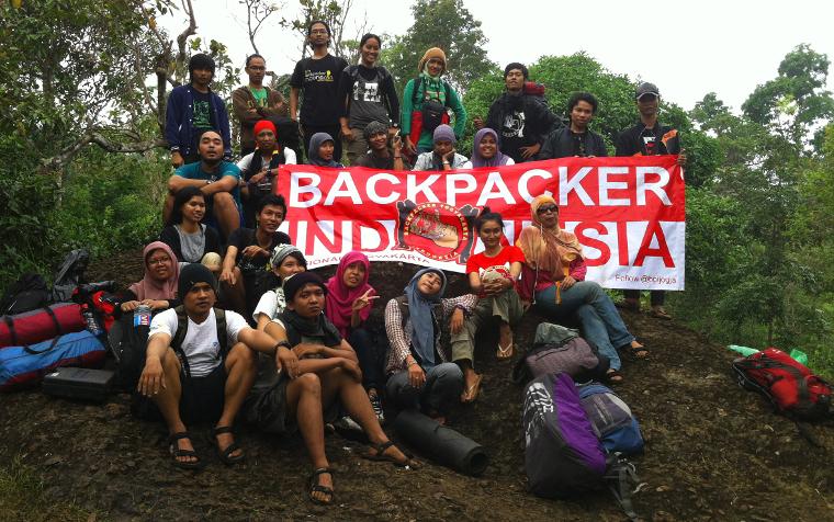 backpacker indonesia