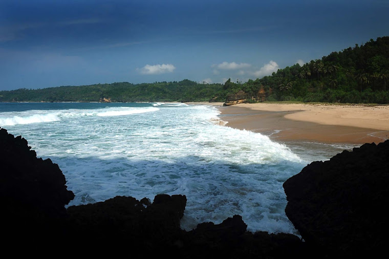 Image result for Pantai Kunir