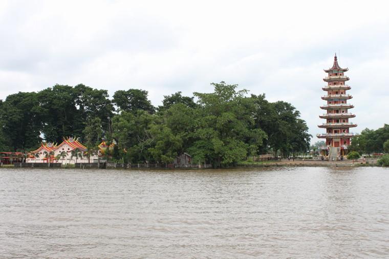 Tempat Wisata Terbaik di kota Palembang Pulau Kemaro