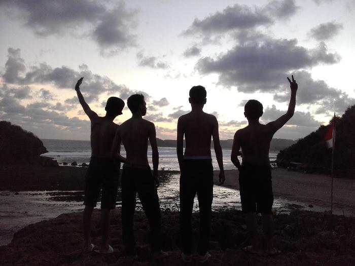 pantai-ngandong-4.jpg