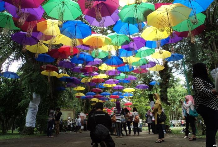 Festival Payung dan SIPA. Alasan Untuk Main ke Solo Bulan September 2016 - Yuk Piknik