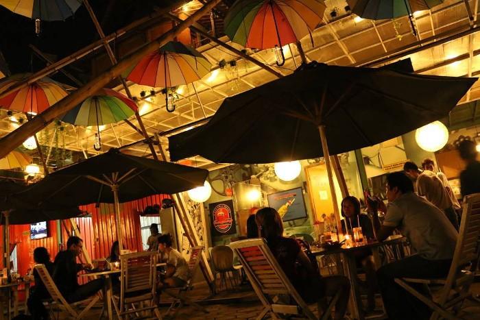 Cafe Tiga Tjeret (Foto : IG @anna__rachman)
