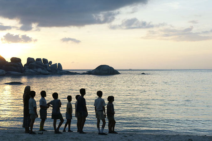 Foto: http://www.indonesianfilmcenter.com/images/gallery/gallery_laskar%20pelangi11.jpg