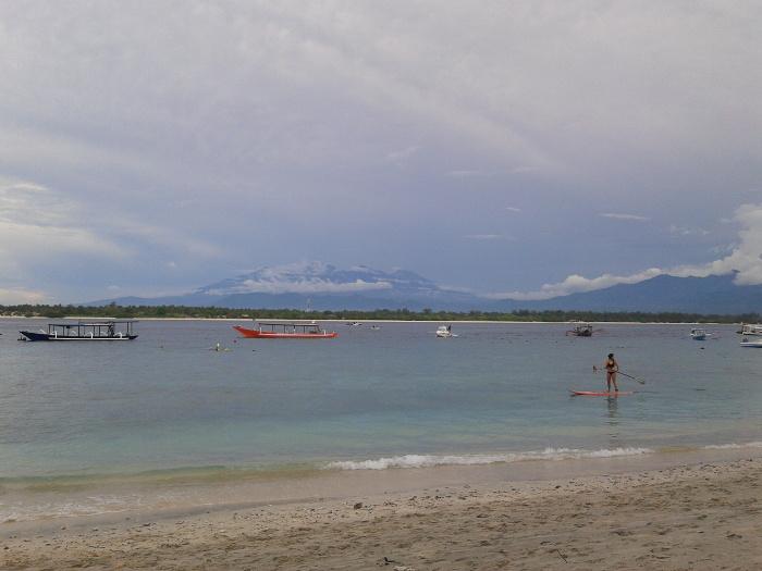 5 Pantai Cantik Di Lombok Tengah Yang Akan Membuat Liburanmu Semakin Berkesan