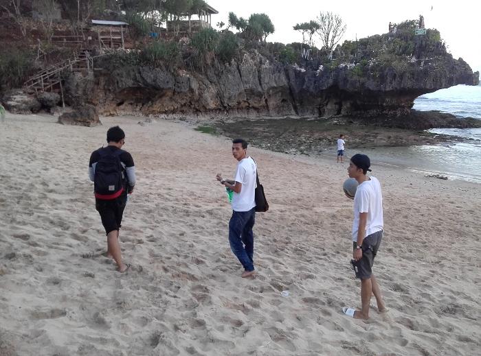 16 Pantai Cantik Di Gunung Kidul, Yogyakarta