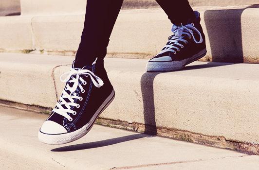 9608_converse-steps
