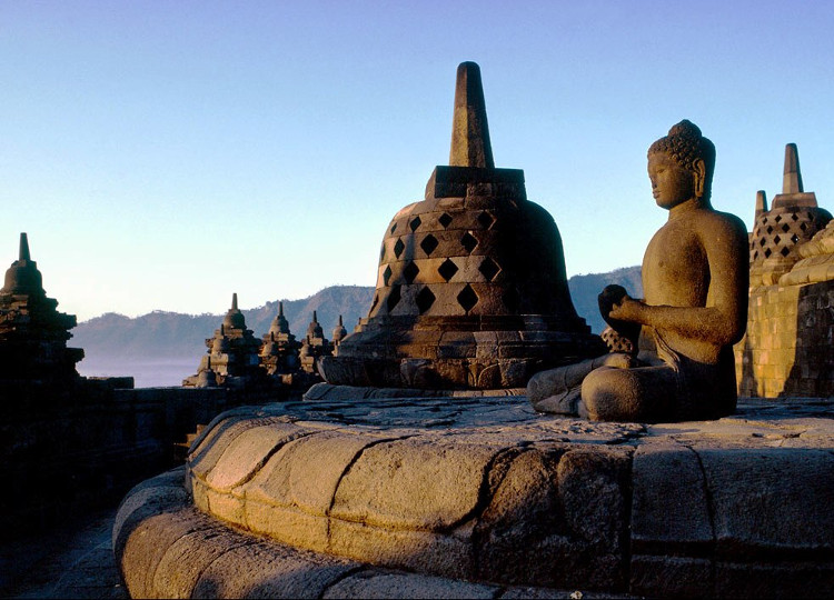 9 Tempat Wisata di Indonesia Yang Masuk Daftar Situs Warisan Dunia UNESCO