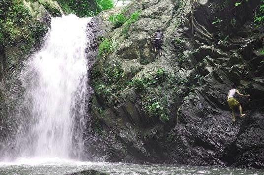 Basah-basahan di Curug Indah Tegalrejo, Gunung Kidul