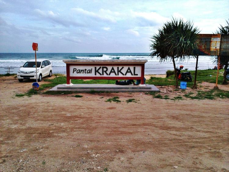 Pantai Krakal, Gunung Kidul. Tempat Ajib Untuk Santai