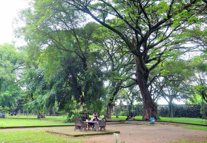 Taman kota bale kambang2