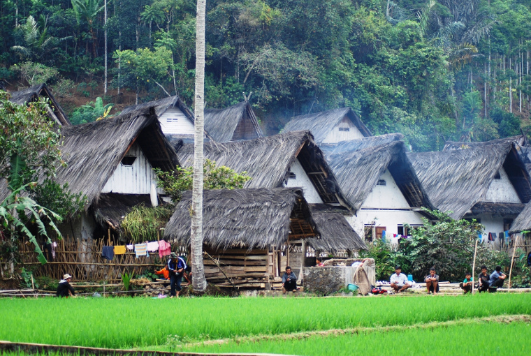 Kampung Naga. Kampung Tradisional Sunda Nan Asri di Tasikmalaya