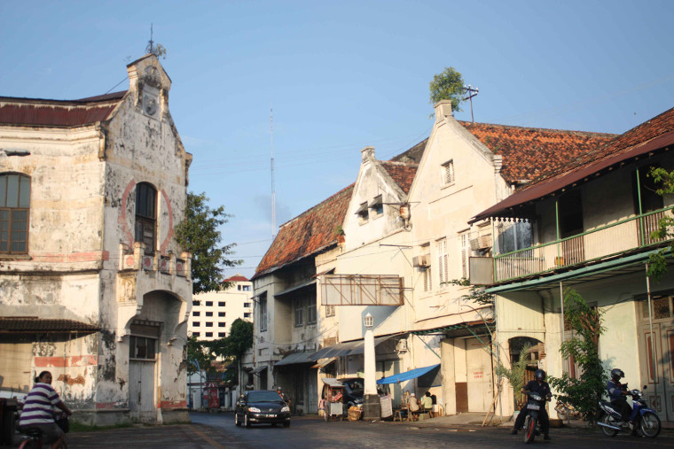 Menikmati Suasana Eropa Tempo Dulu Ala Kota Lama Semarang