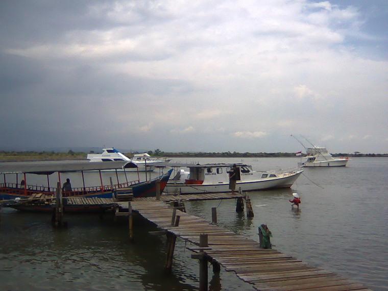 Pantai Marina. Tempat Paling Asik Untuk Menikmati Senja di Semarang