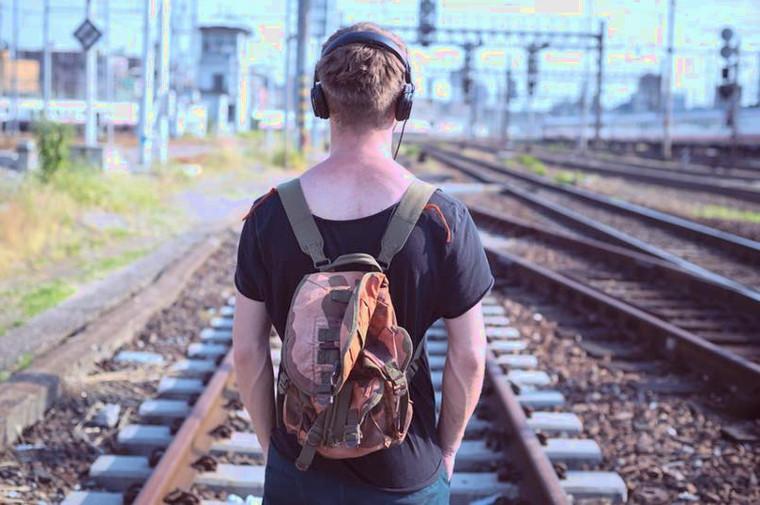 Beberapa Alasan Kenapa Kamu Harus Mencoba Traveling Sendirian. Minimal Sekali Seumur Hidup
