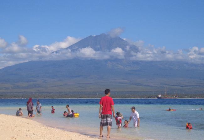 Pulau Tabuhan. Sebuah Pulau Cantik di Selat Bali