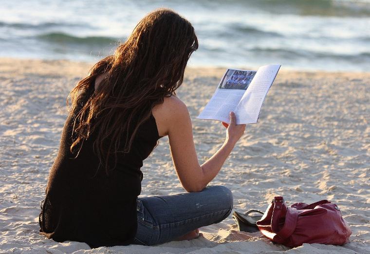 buku pantai