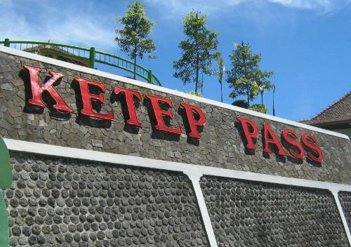 Menengok Gagahnya Gunung Merapi Dari Ketep Pass, Magelang
