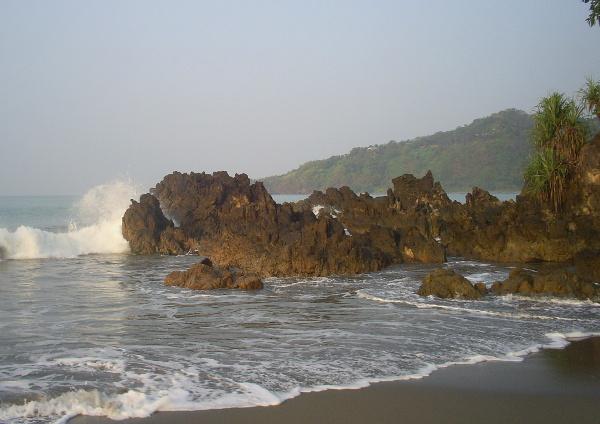 Pantai Cibangban, Sukabumi. Pantai Cantik Yang Jarang Diketahui Orang