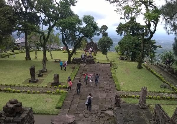 9 Tempat Wisata Menarik Yang Bisa Kamu Temukan Di Sekitar Gunung Lawu