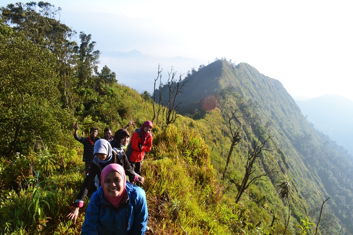 gunung puntang