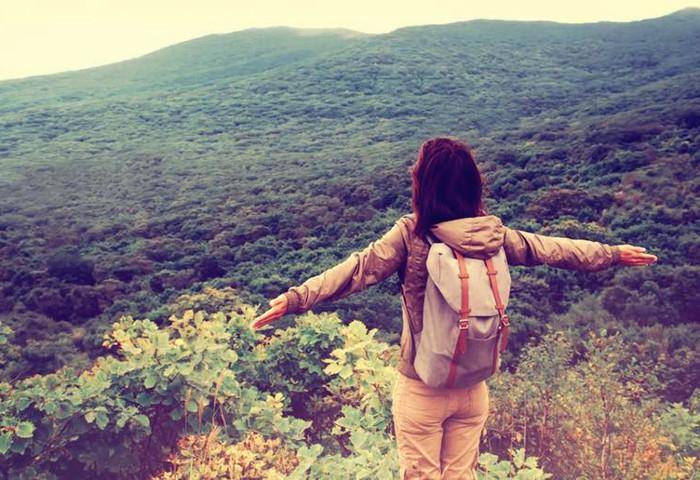 Kenapa Wanita Yang Suka Traveling Cenderung Lebih Menarik?