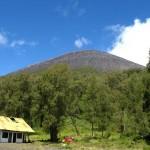 Gunung Semeru, Tanah Tertinggi di Jawa Yang Penuh Cerita