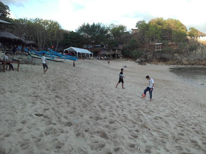 pantai ngandong 2