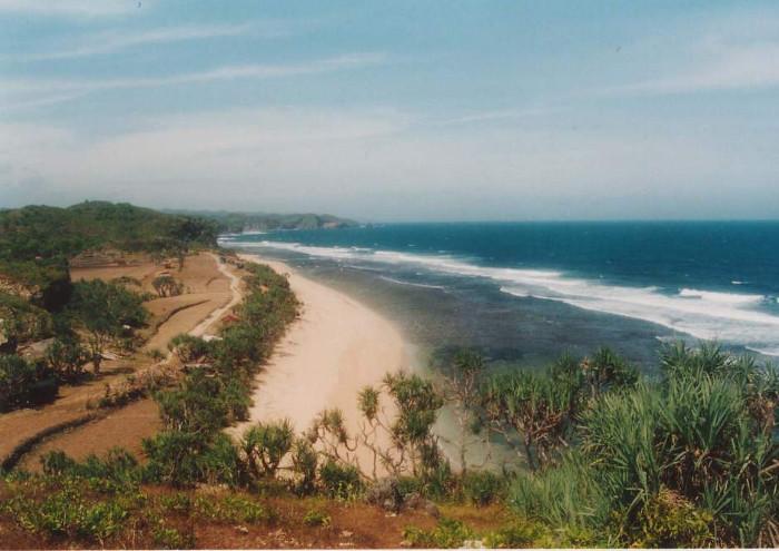 Pantai Sepanjang Yang Sangat Panjang