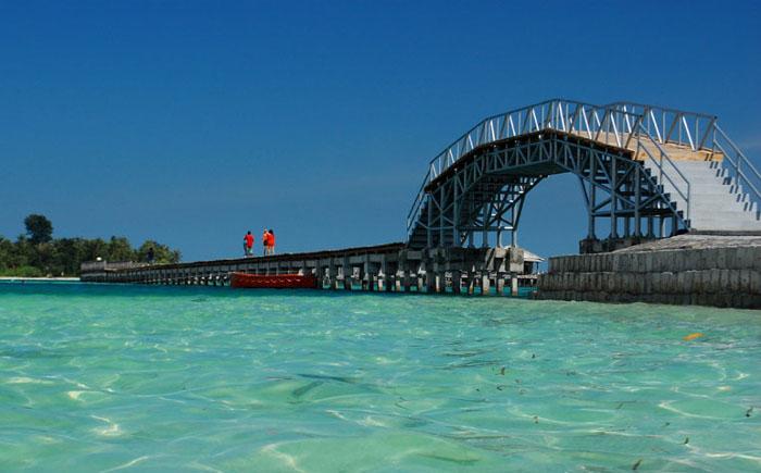 Jembatan-Cinta-Tidung-Island1