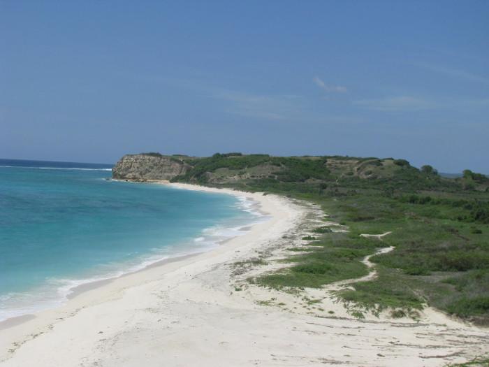 Pantai Kaliantan, Pantai Berpasir Putih Menawan di Lombok Timur