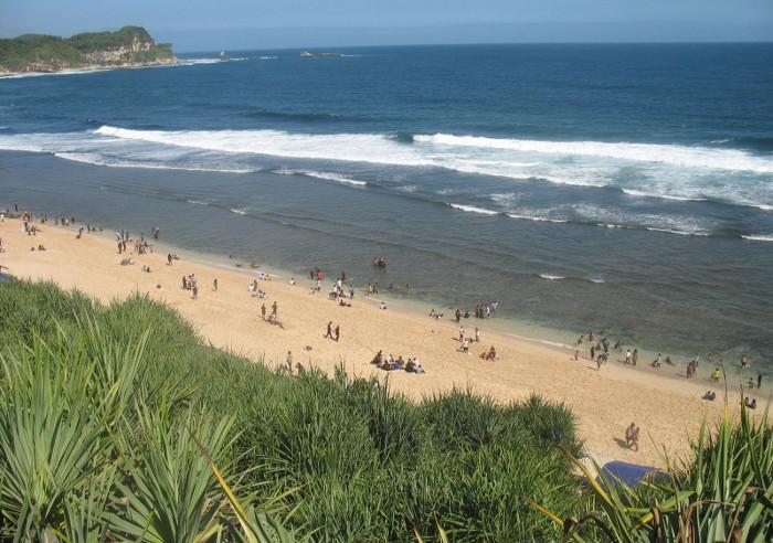Pantai Nampu. Si Cantik Dari Wonogiri