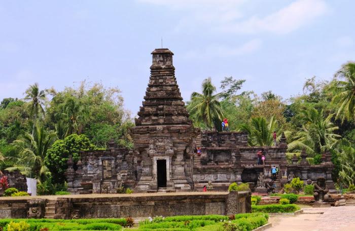 Inilah Candi Penataran, Candi Terluas dan Termegah di Jawa Timur