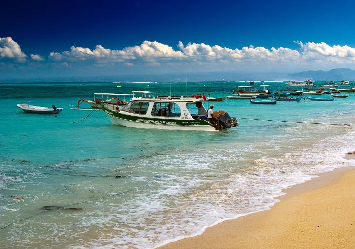 Kalau Lombok Punya Three Gilis, Maka Bali Bali Punya Nusa Penida CS