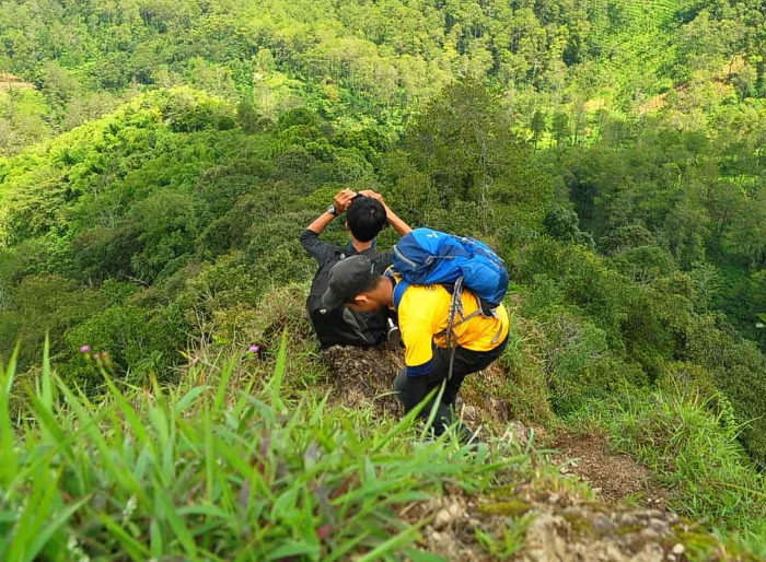 Gunung Manglayang Yang Sedikit Terlupakan