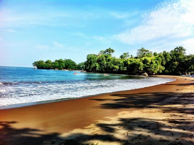 Pantai Batu Karas. Salah Satu Lokasi Surfing Terbaik di Jawa Barat