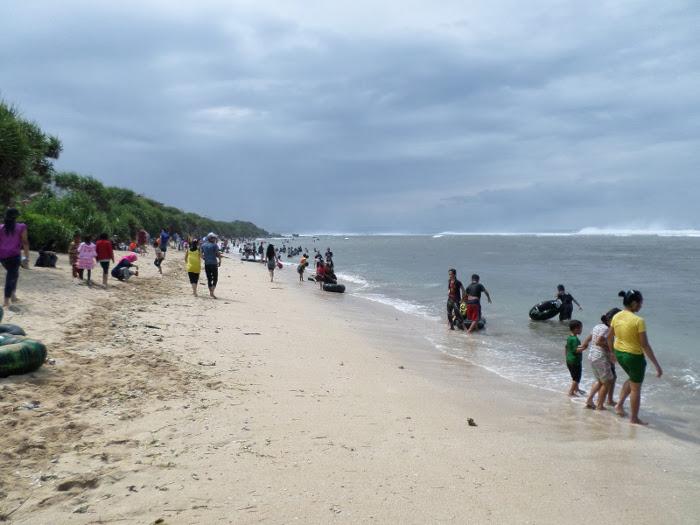 Pantai Sayang Heulang. Tempat Yang Seru Untuk Menghabiskan Hari Libur di Garut
