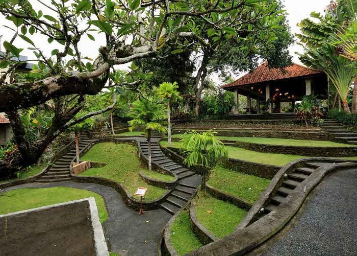 Menikmati Hasil Karya Para Seniman di Museum Puri Lukisan, Ubud