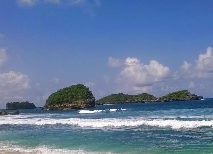Pantai Peh Pulo. Raja Ampat Versi Blitar