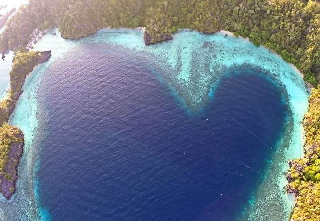 Pulau Labengki. Raja Ampat Versi Sulawesi Tenggara