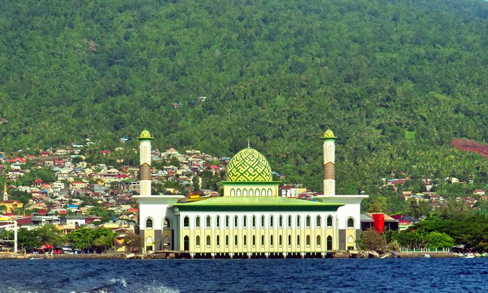Masjid Al-Munawwaroh
