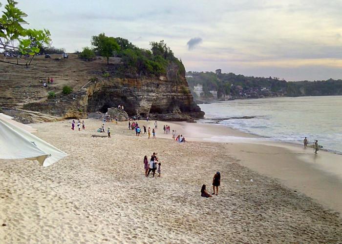 Pantai Dreamland. Sebuah Pantai Cantik Lain di Badung, Bali