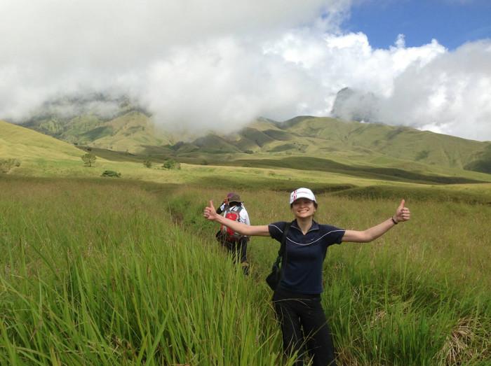 16 Padang Rumput Cantik Yang Akan Membuatmu Semakin Mencintai Indonesia
