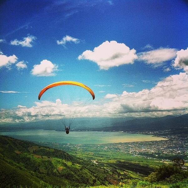 View Dari Gunung Wayu Matantimali, Palu (Source: twitter @kompasTV)