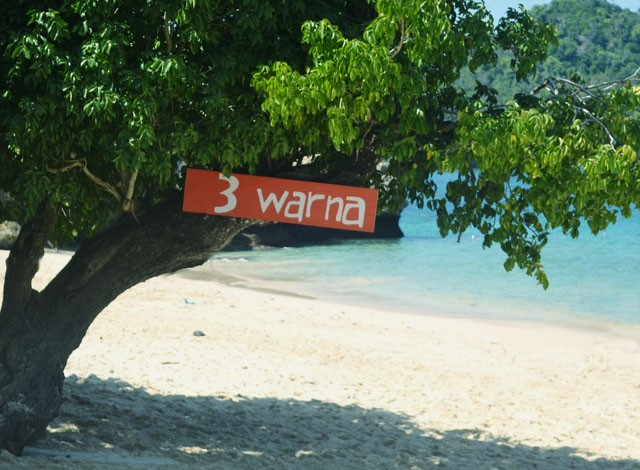 6 Hal Yang Wajib  Kamu Tahu Sebelum Berkunjung ke Pantai Tiga Warna, Malang