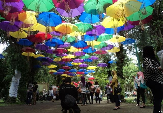 Festival Payung dan SIPA. Alasan Untuk Main ke Solo Bulan September 2016