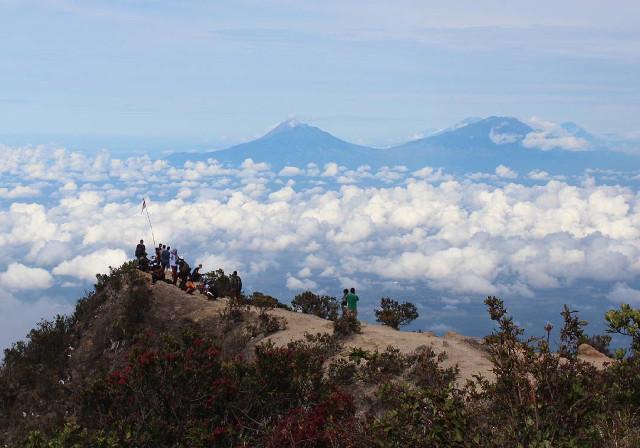 5 Foto Yang Membuktikan Gunung Lawu Tak Seangker Yang Dikatakan Orang-orang
