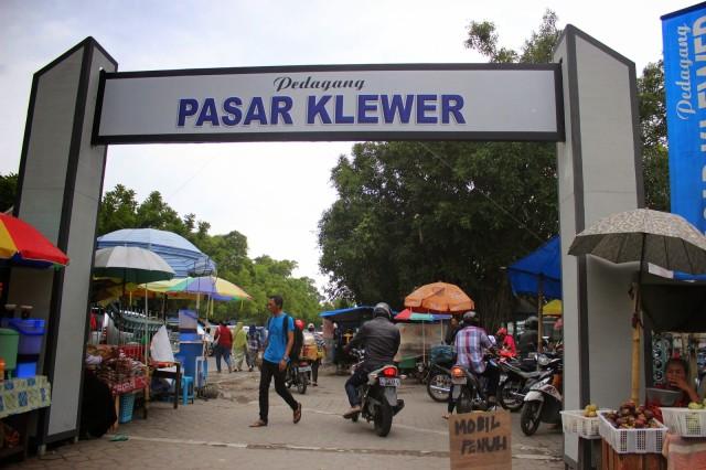 Foto: http://satker-mccbappenas.blogspot.co.id/2015/03/revitalisasi-pasar-klewer-membangkitkan.html