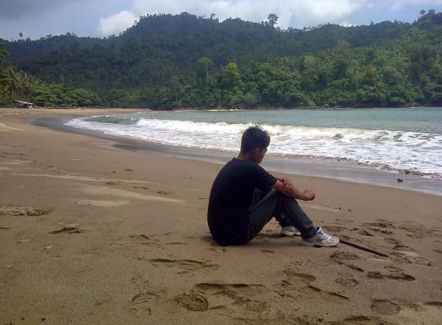Pantai Wedi Awu. Satu Lagi Yang Sepi dan Alami di Malang
